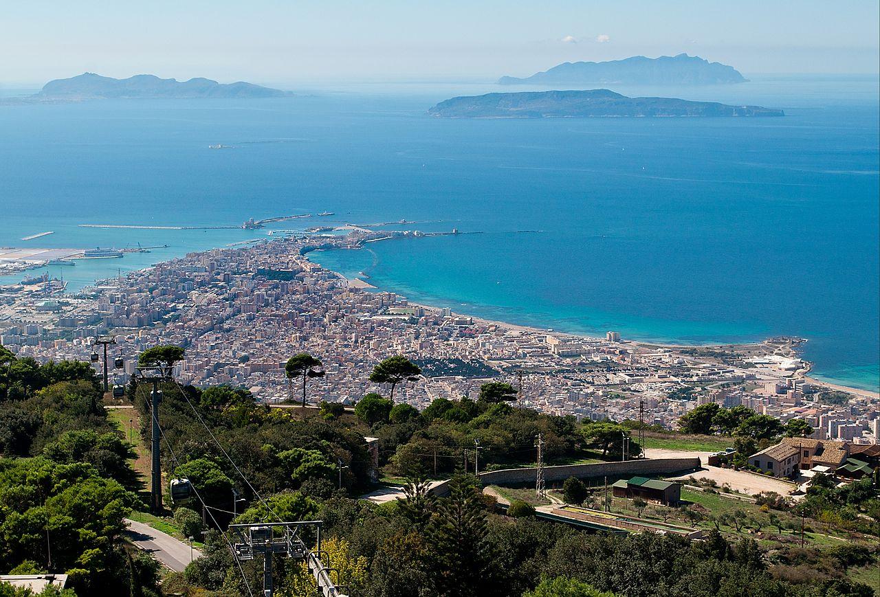photo by :https://de.wikipedia.org/wiki/Trapani#/media/File:Trapani,_Sicily.jpg